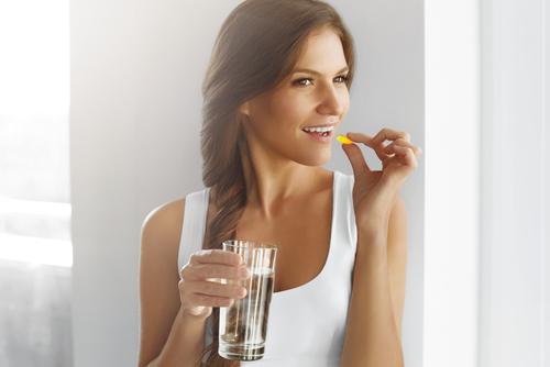 女性ホルモン剤でバストアップできる?女性ホルモンの影響とは